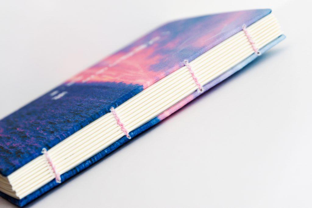 手製本 一文物語365 海の背表紙