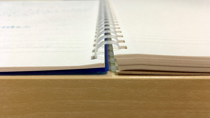 見開きノートの厚さ