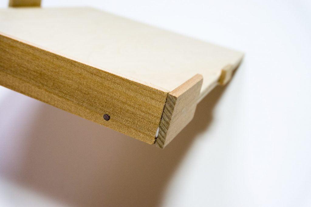 糸かがり手製本はん・ぶんこの紙の裁断道具の側面