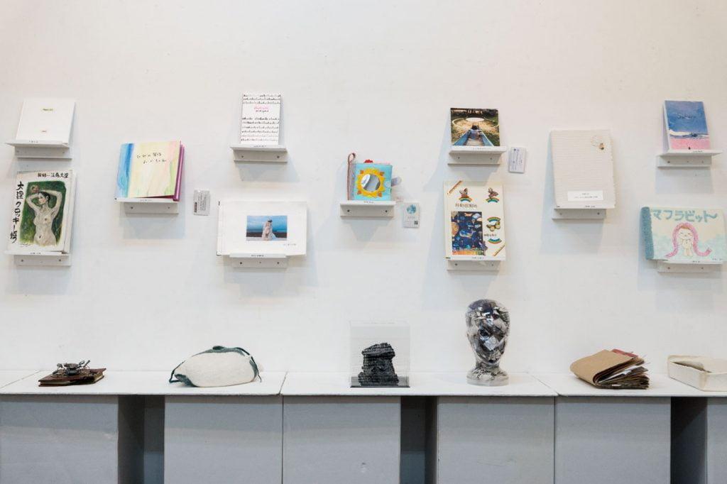 THE LIBRARY 2017 TOKI Art Space 会場内奥の展示