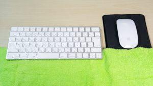 Magic KeyboardとMagic Mouseにタオルを敷く