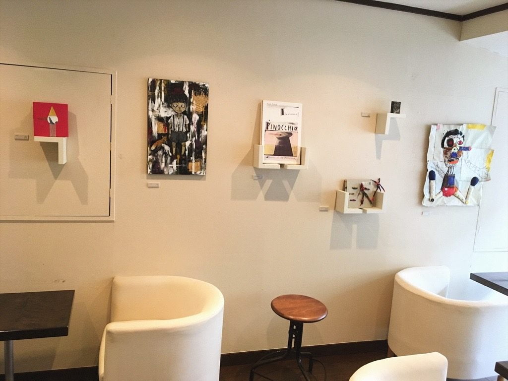 Pinocchio展MOTOYA Book・Cafe・Gallery店内