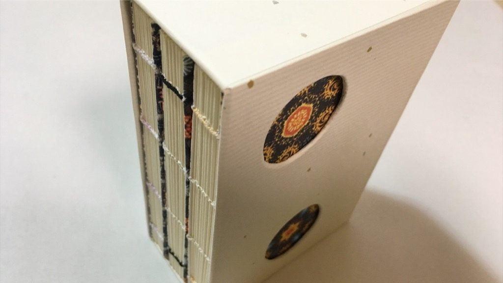 一文物語手製本「ポケットに入る宇宙の万華鏡 上中下」の入ったBOX